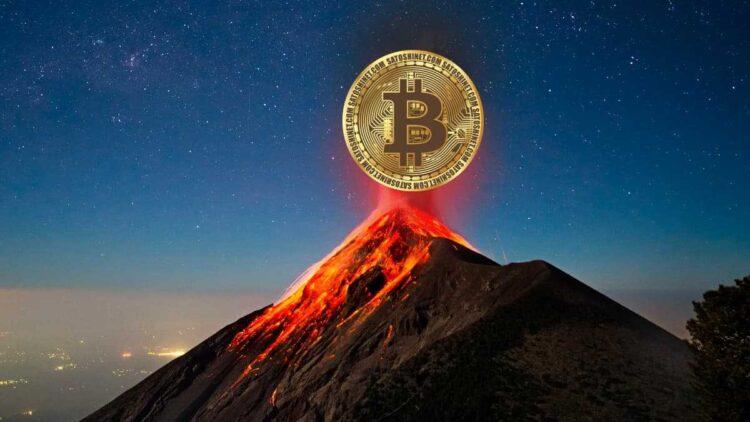El Salvador, çılgın Bitcoin madenciliği planını hayata geçirdi