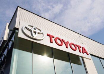 Toyota, otonom sürüş teknolojisi geliştirmek için yazılım şirketi Renovo'yu satın aldı