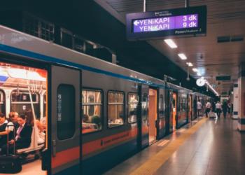 İstanbullulara metroda internet müjdesi