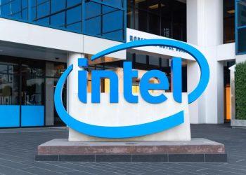 Intel CEO'su, işlemci krizinin 2023'e kadar sürebileceğini açıkladı