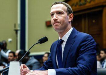 Zuckerberg, kâr için nefret söylemine izin verdikleri iddiasını yalanladı