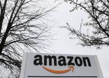 Reuters'e göre Amazon en çok satan ürünleri kopyalayıp ve arama sonuçlarını manipüle ediyor
