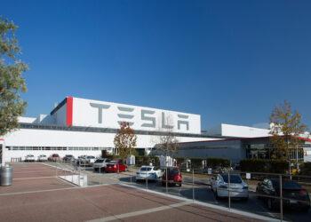 Tesla, merkezini Kaliforniya'dan Teksas'a taşıyor