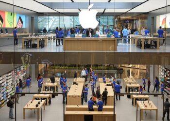 Avrupa'nın en büyük Apple mağazası Bağdat Caddesi'ne açılıyor